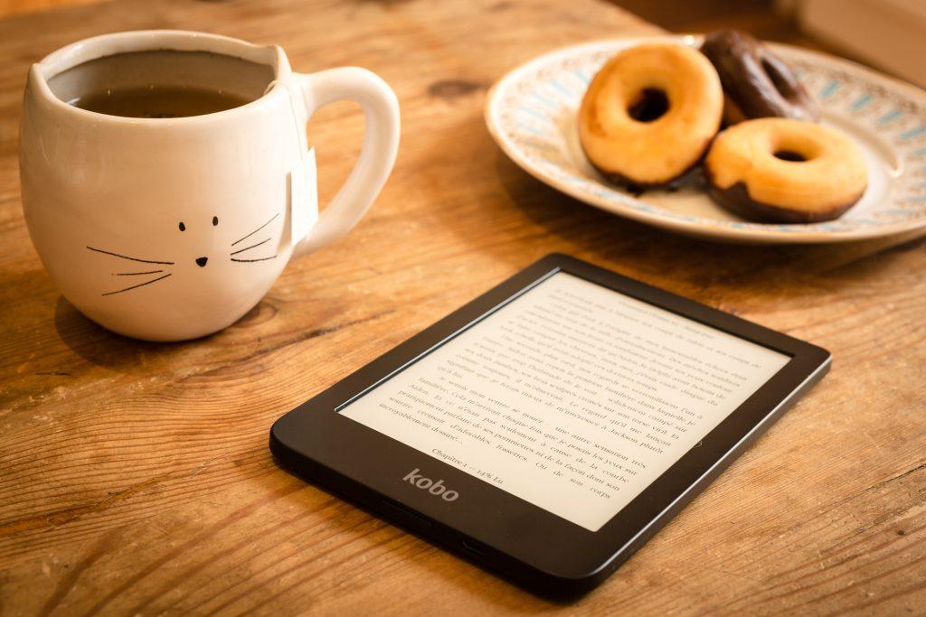 leyendo un ebook